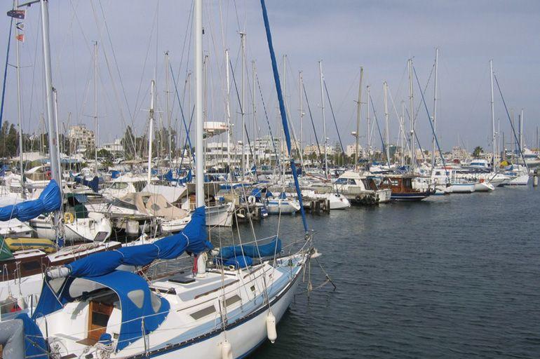 Яхты Ларнака