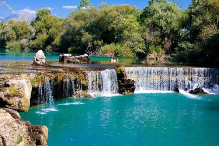 آبشار ماناوگات آنتالیا