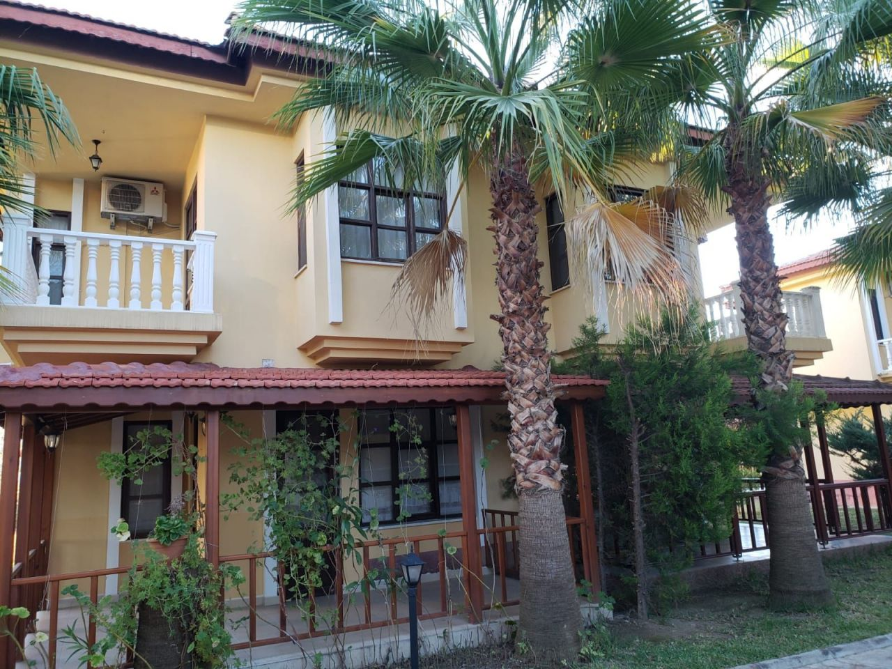 Willa w Avsallar