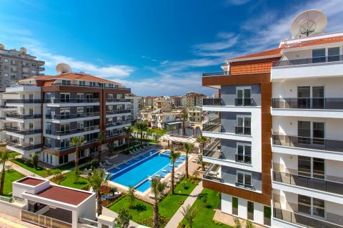 Elegant Apartments in Perfect Location in Oba, Alanya