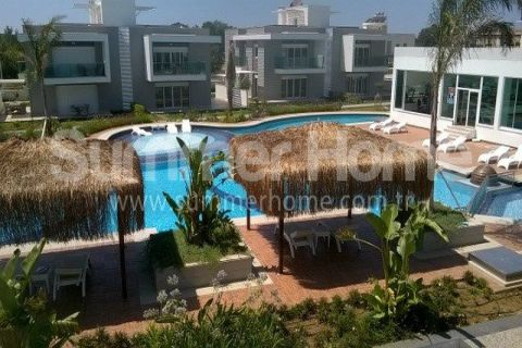 Modernly Designed Apartments Close to Shops in Side