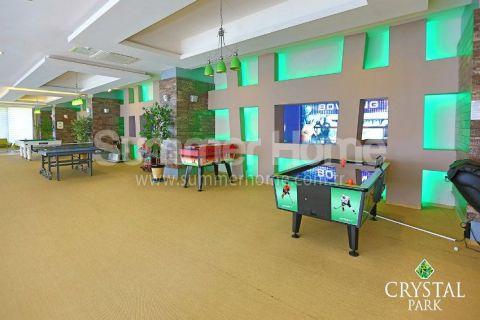Fancy 1-Bedroom Apartment in Crystal Park - Interior Photos - 35