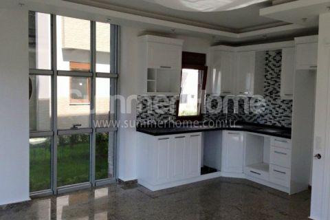 Nádherné trojposchodové vily na predaj v Alanyi - Fotky interiéru - 9
