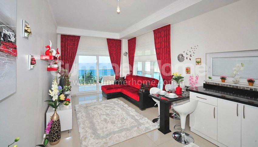 阿拉尼亚/凯斯泰尔海滨位置的海景公寓,价格实惠 interior - 8
