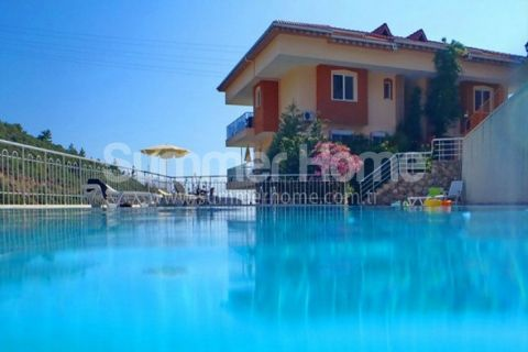 Penthouse with Wonderful View in Alanya