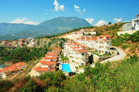 Glorious Villas with Panoramic View in Alanya