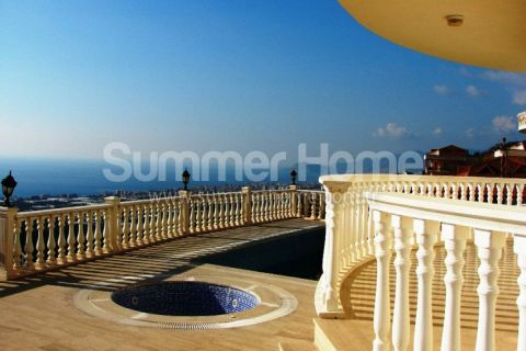 Glorious Villas with Panoramic View in Alanya - 4
