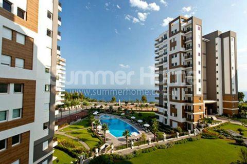 Apartmány s vynikajúcim výhľadom v luxusnej rezidencii v časti Lara, Antalya
