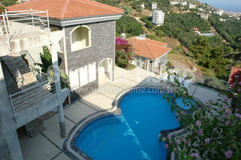 Magnificent Begonville Villas in Alanya