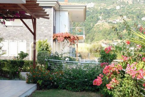 Magnificent Begonville Villas in Alanya - 3