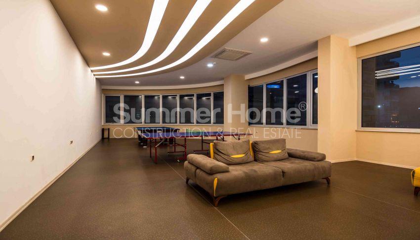 阿拉尼亚马赫穆特拉尔的豪华公寓,有山景和海景 facility - 15