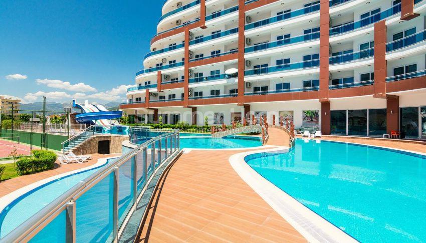 阿拉尼亚马赫穆特拉尔的豪华公寓,有山景和海景 general - 1