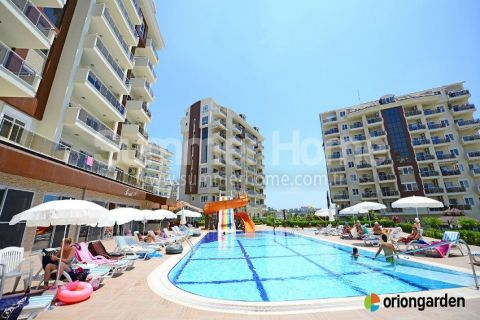 Modern Duplex Penthouse in Well-Maintained Complex in Avsallar, Alanya