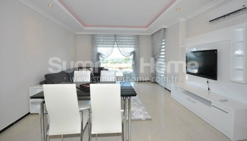 阿拉尼亚凯斯泰尔的山景海景公寓 interior - 28