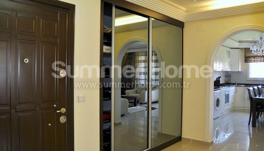 阿拉尼亚热门地段的现代海景公寓 interior - 26