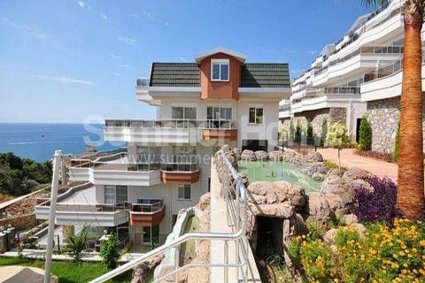 3-izbový apartmán s výhľadom na more na predaj v Alanyi - 1