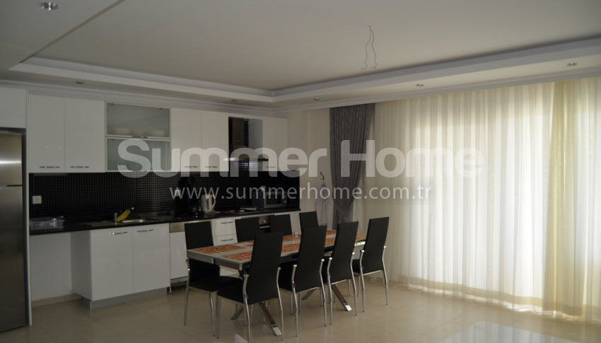 阿拉尼亚的大户型三居室出租公寓 interior - 27
