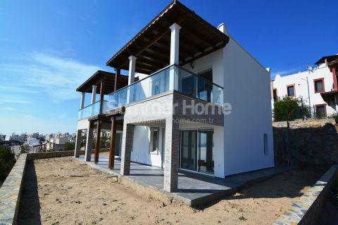 Villa met geweldige zeezicht te koop in Bodrum
