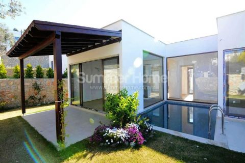 Contemporary Villas with Green Area Surrounding in Yalikavak, Bodrum