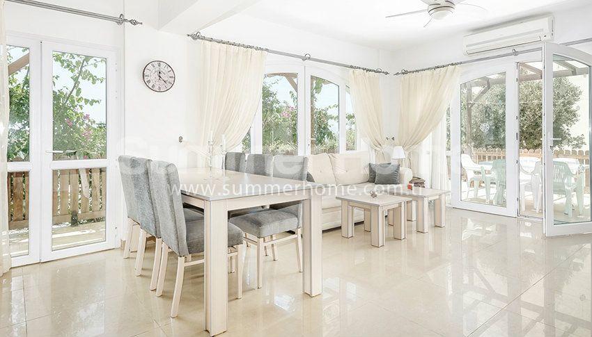 塞浦路斯尼科西亚的优质海滨美景公寓 interior - 11