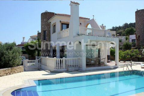 Fornem villa med praktfull utsikt nær Esentepe, Kypros
