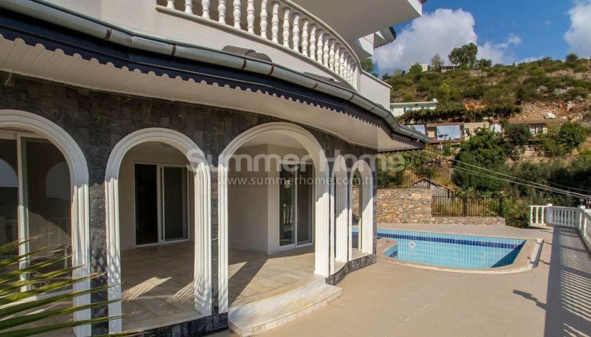 阿拉尼亚特佩(Tepe)山坡的带私人泳池的宽敞别墅 general - 1