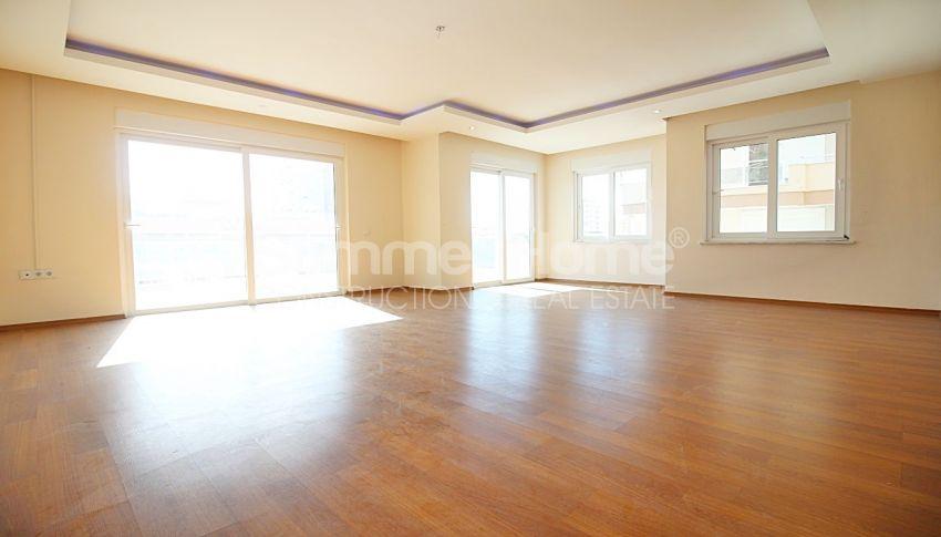 阿拉尼亚马赫穆特拉尔(Mahmutlar)的设施齐全的宽敞公寓 interior - 5