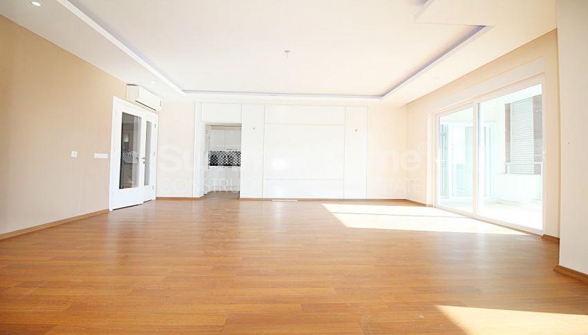 阿拉尼亚马赫穆特拉尔(Mahmutlar)的设施齐全的宽敞公寓 interior - 6