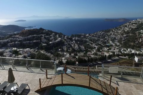 Luxurious Apartment with Sea View and Close to Local Facilities in Bodrum