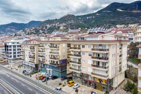 Ruim appartement met ongelooflijke zee en burch zicht in Alanya