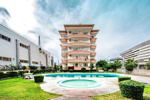Priestranný apartmán za rozumnú cenu v atraktívnej oblasti Oba v Alanyi