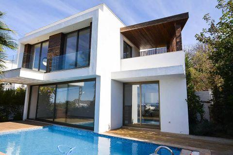 Fancy Villa met prachtig uitzicht op zee in Bodrum