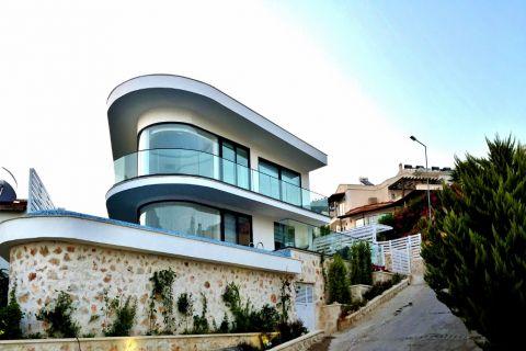 Villa de conception unique avec intimité sur la colline de Kalkan, Antalya