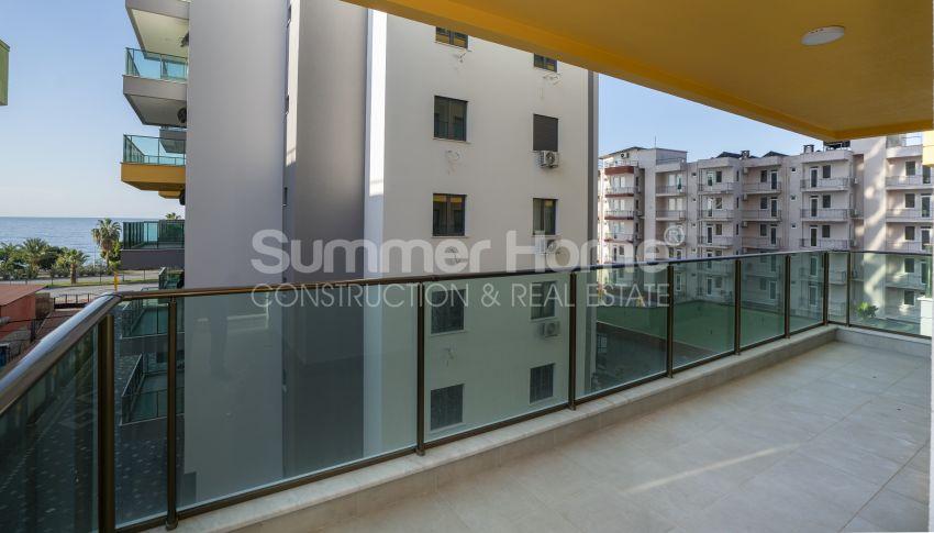 Hoge kwaliteit appartementen met een geweldig uitzicht op zee, strandzijde in Alanya Mahmutlar interior - 12