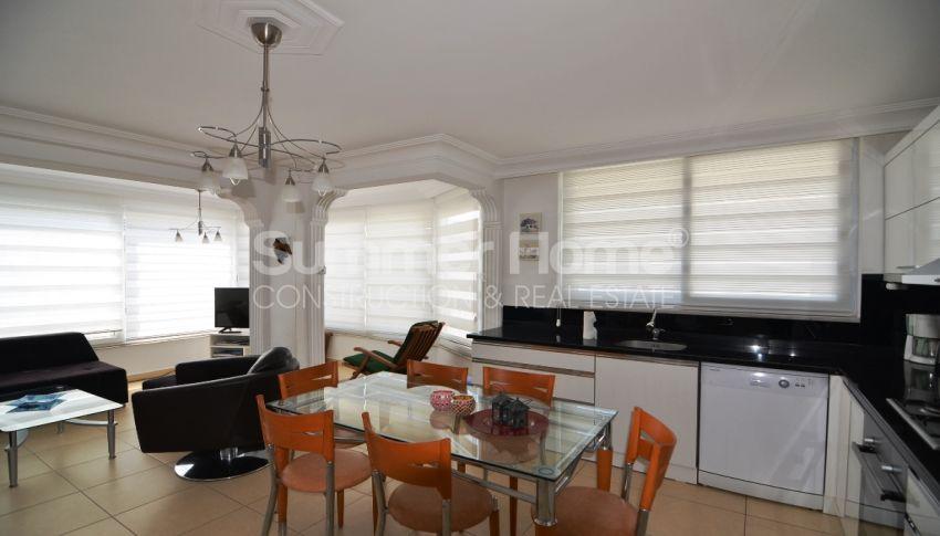Strandnahe Wohnung zum Verkauf in Oba, Alanya interior - 6