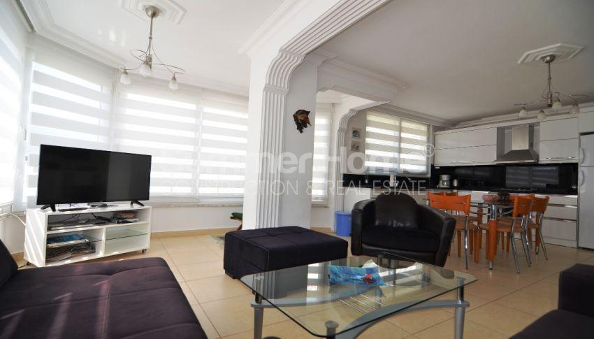 Strandnahe Wohnung zum Verkauf in Oba, Alanya interior - 11