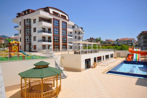 Luxury Resale Apartment With Rich Facilities in Oba, Alanya