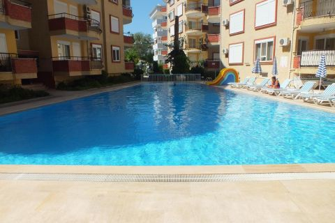 Charmante wederverkoop appartement in Oba, Alanya