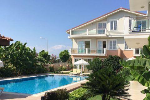 Luxe villa met privézwembad in een rustige omgeving van Belek, Antalya