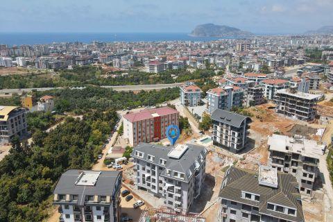 Appartements conçus de façon unique à Oba avec vue sur la mer