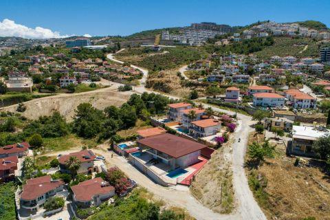 Spacious three-bedroom semi-detached villa with spectacular view in Kargicak