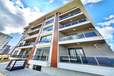 Fully furnished one-bedroom apartment in Mahmutlar