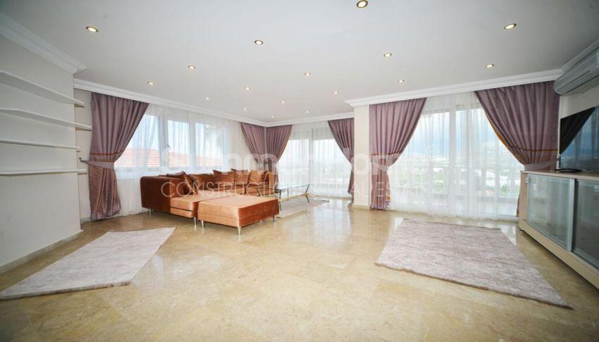 فيلا مفروشة من خمس غرف نوم مع مسبح خاص في كارجيجاك interior - 13