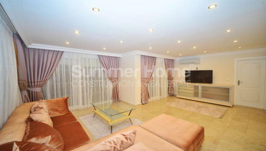 فيلا مفروشة من خمس غرف نوم مع مسبح خاص في كارجيجاك interior - 16