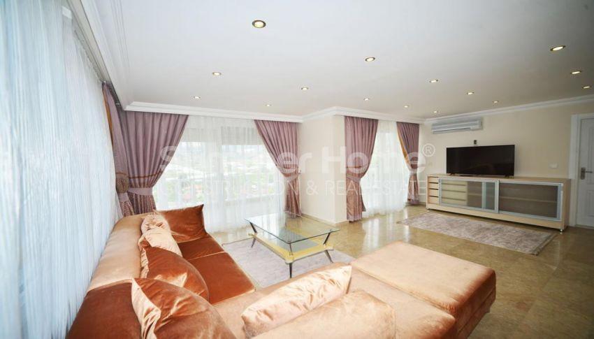 فيلا مفروشة من خمس غرف نوم مع مسبح خاص في كارجيجاك interior - 24