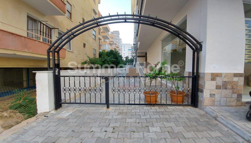 شقة واسعة من غرفتي نوم للبيع مع أثاث كامل في محمودلار general - 2