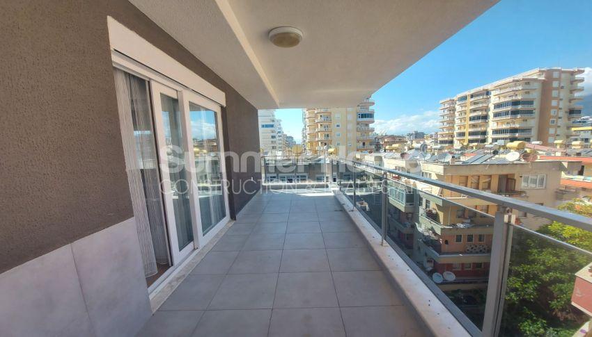 شقة واسعة من غرفتي نوم للبيع مع أثاث كامل في محمودلار interior - 4