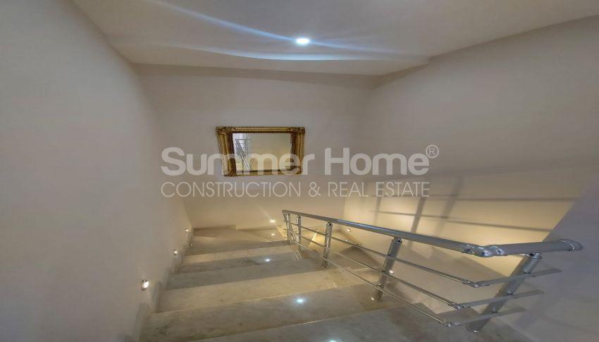 شقة واسعة من غرفتي نوم للبيع مع أثاث كامل في محمودلار interior - 5