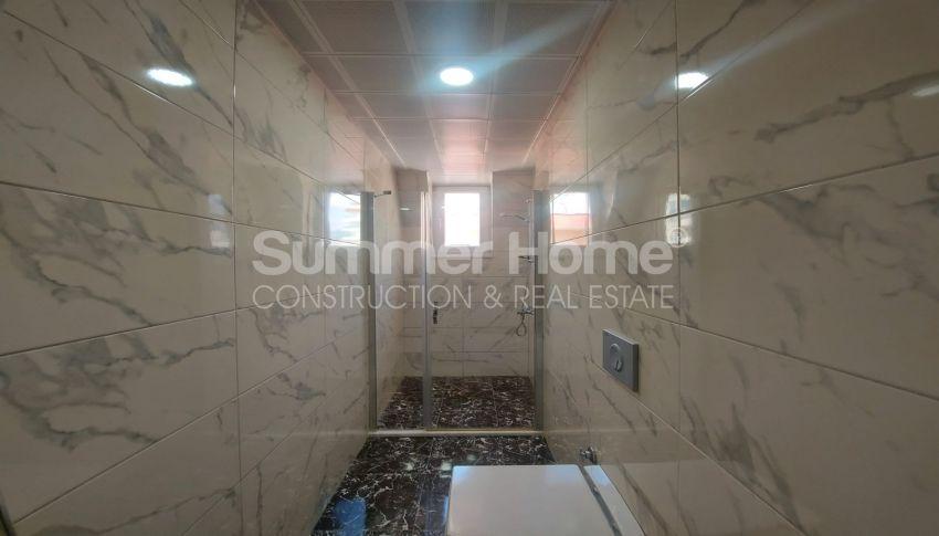 شقة واسعة من غرفتي نوم للبيع مع أثاث كامل في محمودلار interior - 8