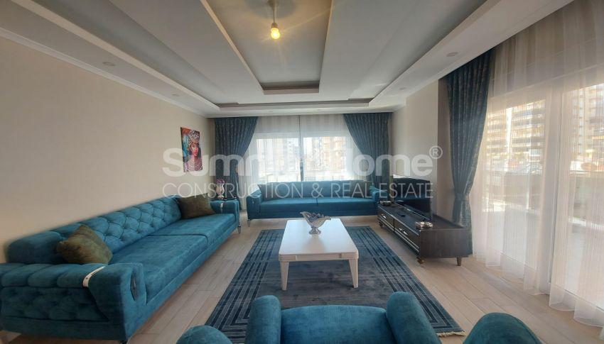 شقة واسعة من غرفتي نوم للبيع مع أثاث كامل في محمودلار interior - 9